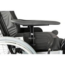 Фото: Кресло-коляска c повышенной функциональностью Invacare Rea Clematis (Германия) - изображение 1