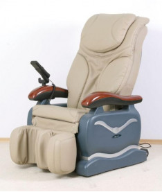 HouseFit HY-5026G Массажное кресло